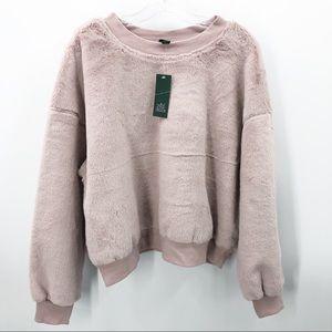 Wild Fable Semi Crop Pale Blush Sweatshirt NWT